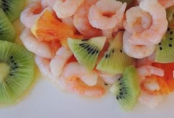 gamberetti-con-arancia-e-kiwi-t-_wk0gr
