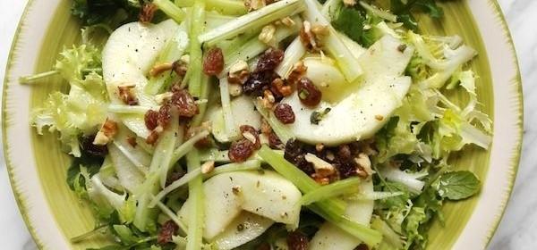 insalata-meleverde-sedano-noci-600x445